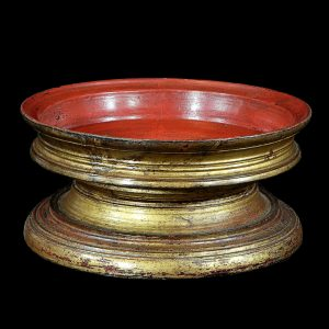 Kalat, Burma, Myanmar, antique, tray, gilted lacquer, teak wood, 19 century, tray for pagoda and monastery