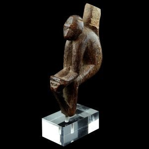 Monkey, antique, Burma, Myanmar, early 20 century, teakwood, oriental primitive art, statue, woodcarving, loom